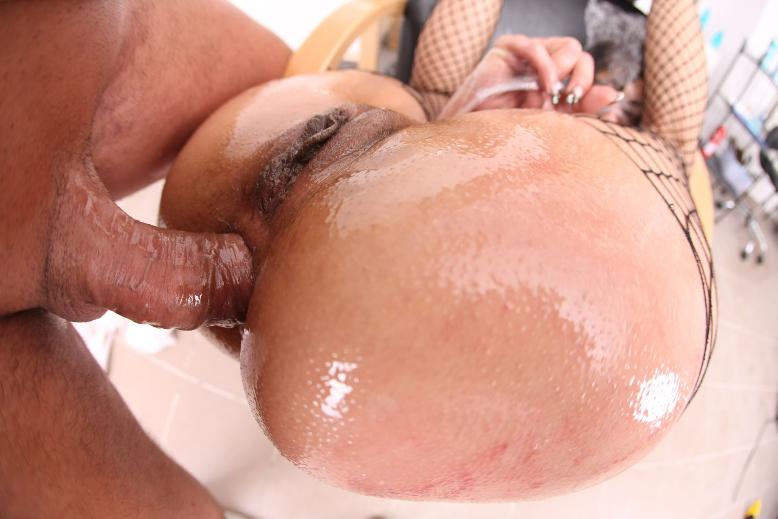 Red head handjob
